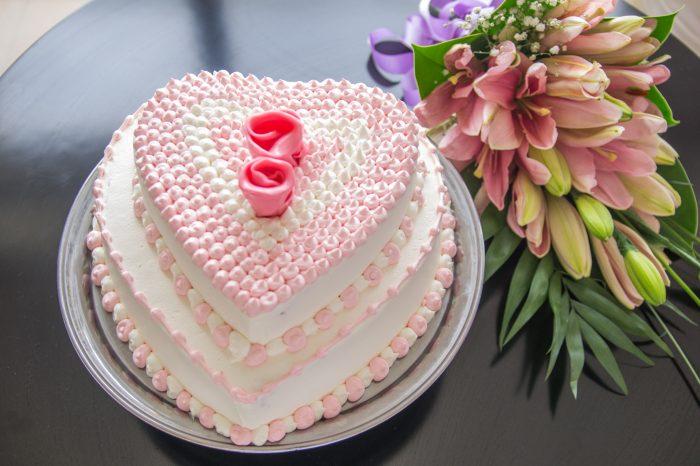 blv-wedding-cake