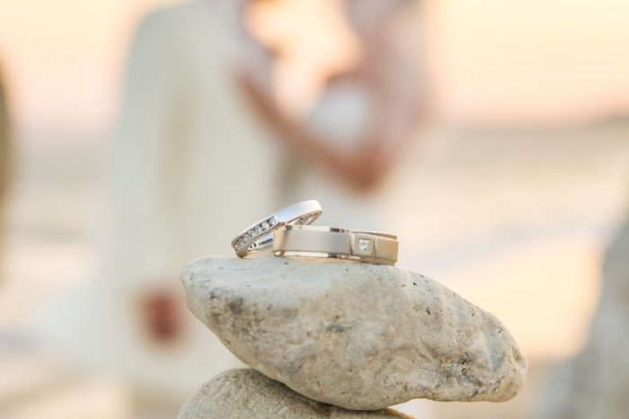 blv-wedding-rings